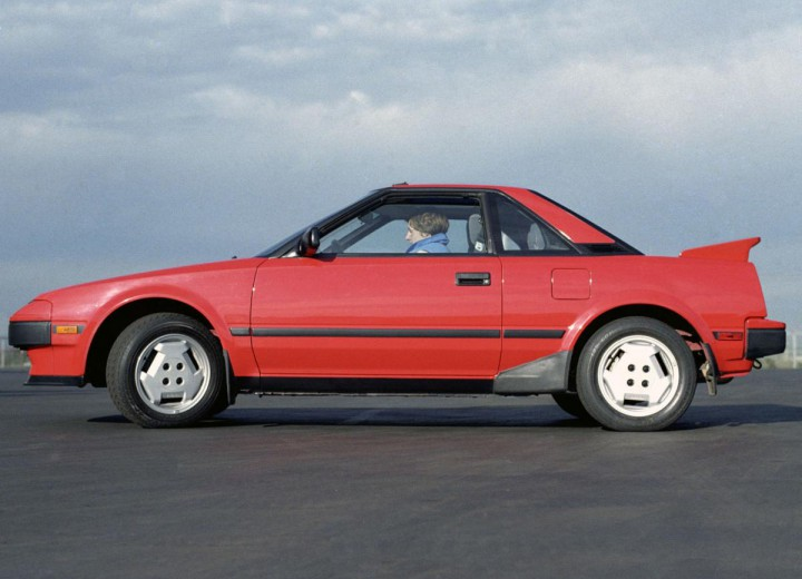 TOYOTA MR 2 I (AW1_)