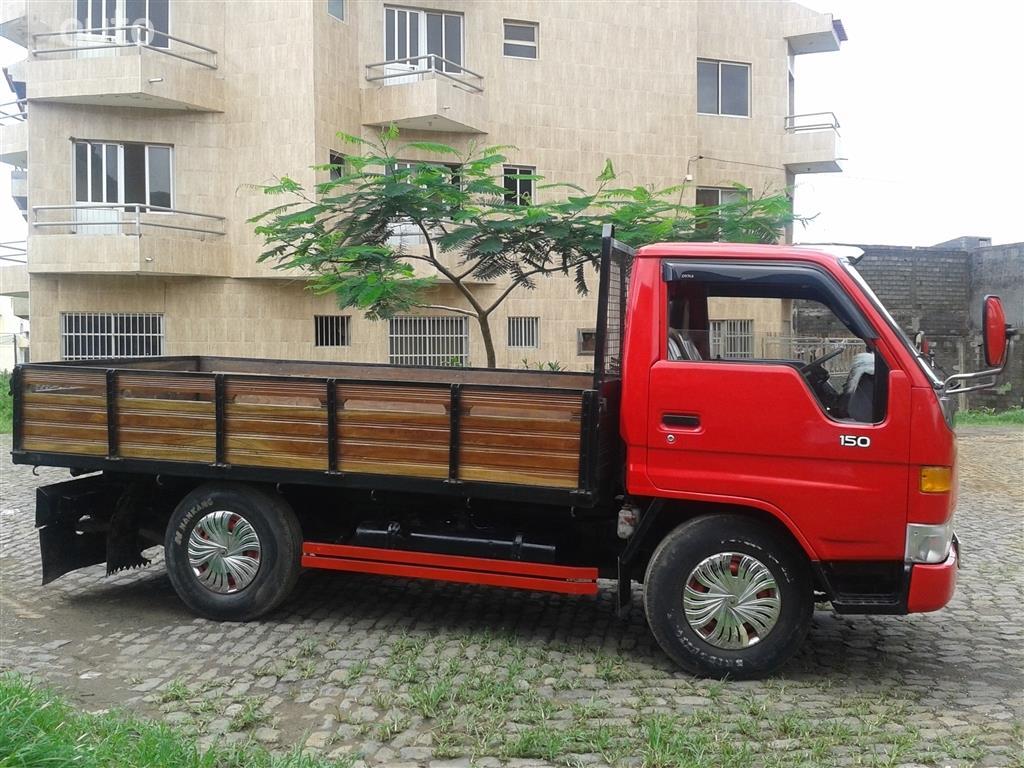TOYOTA DYNA 150 грузовой