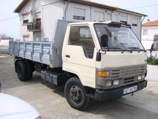 TOYOTA DYNA 250 фургон