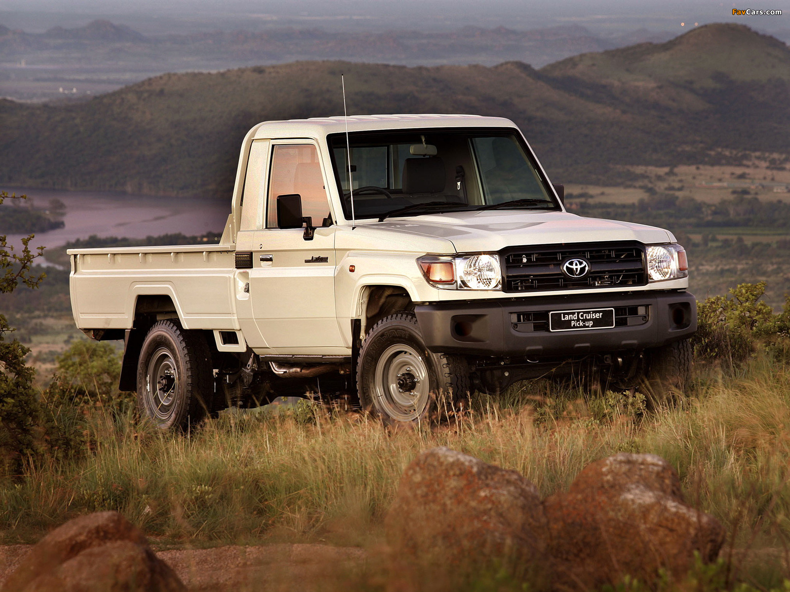 TOYOTA LAND CRUISER пикап (_J7_)