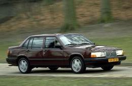 VOLVO 940 седан (944)