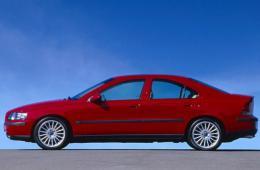 VOLVO S60 седан
