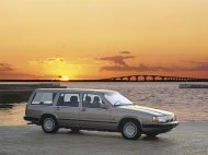 VOLVO 760 Break (704, 765)