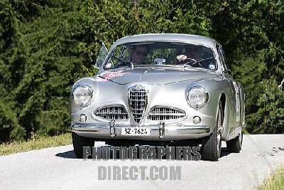 ALFA ROMEO 1750-2000 седан