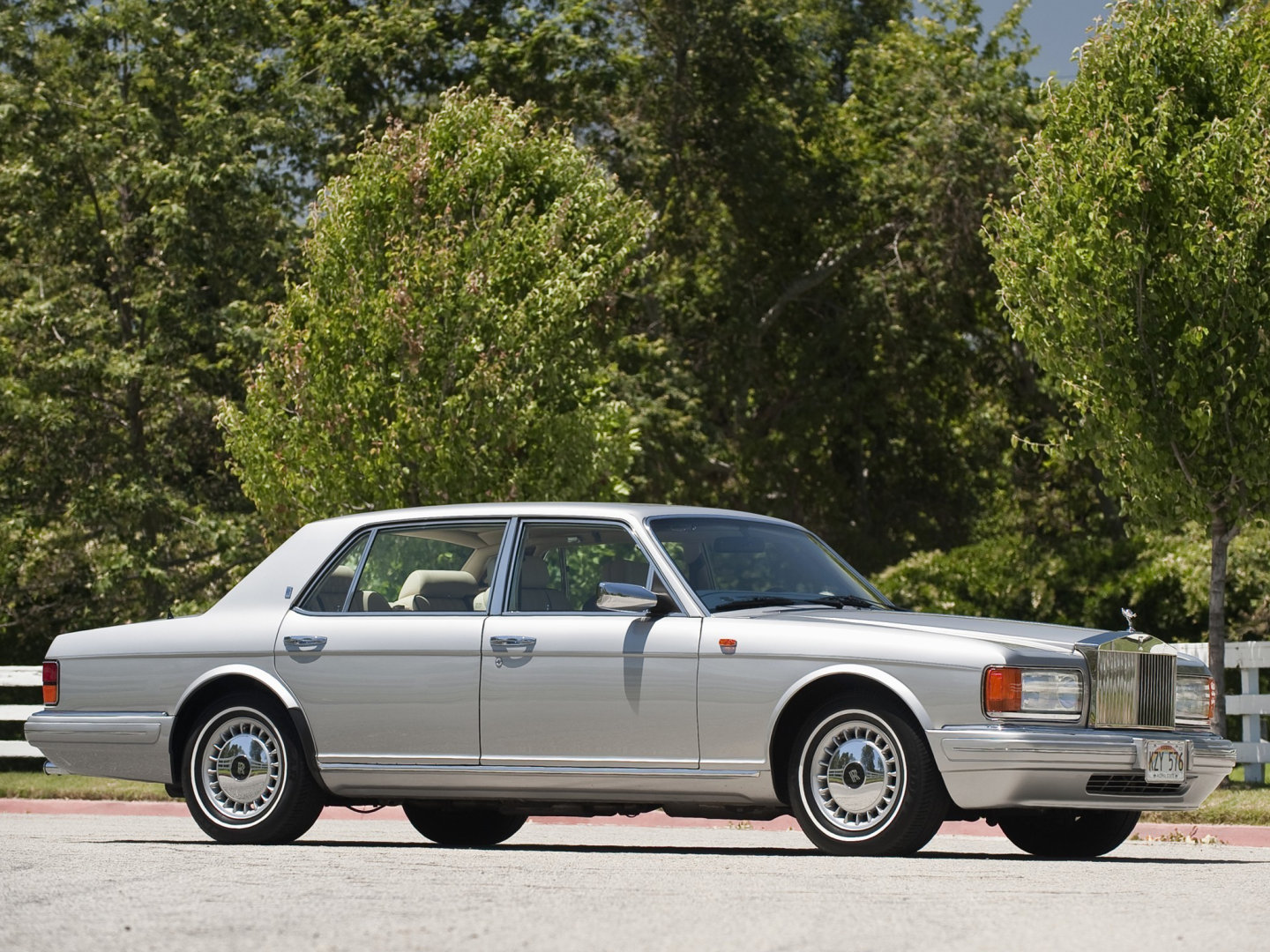 ROLLS-ROYCE SILVER DAWN [USA] седан (US)