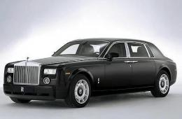 ROLLS-ROYCE PHANTOM седан