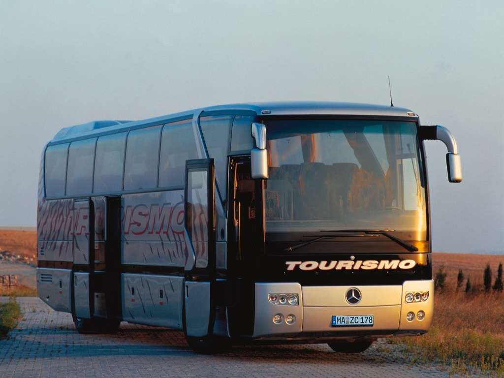 MERCEDES-BENZ TOURISMO (O 350)