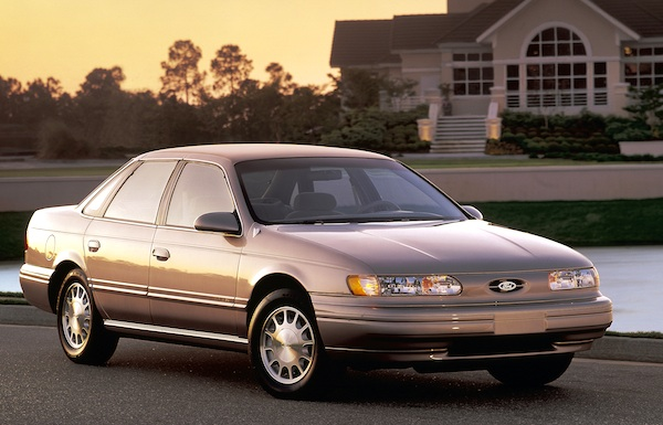 FORD USA TAURUS (P5_)