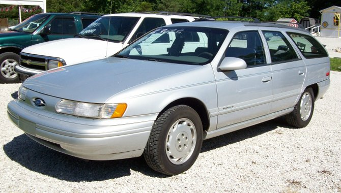 FORD USA TAURUS Wagon (P5_)
