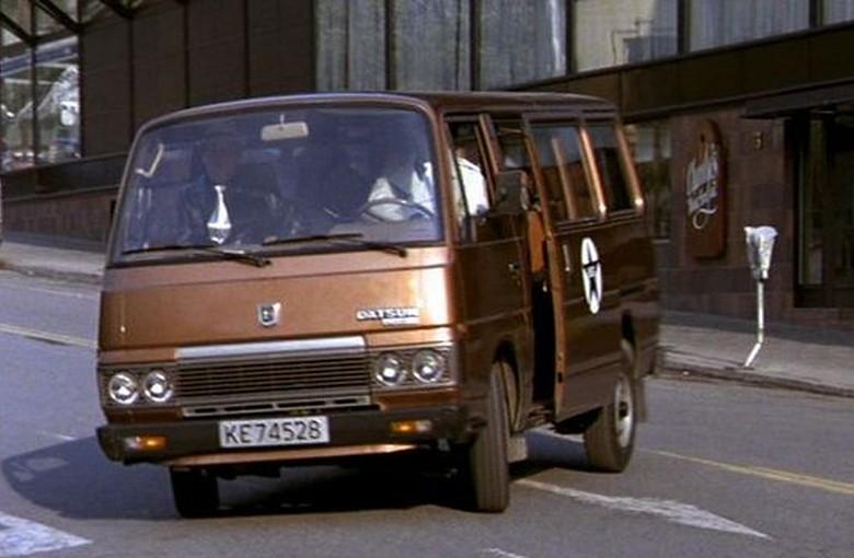 NISSAN URVAN автобус (E23)