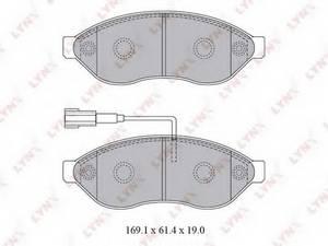 фото: [BD2828] LYNXauto Колодки тормозные передние комплект на ось