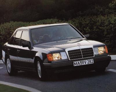 MERCEDES-BENZ COUPE (C124)