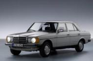 MERCEDES-BENZ седан (W123)